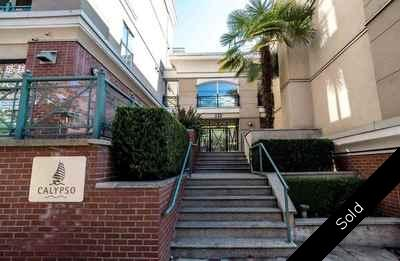 Lower Lonsdale Condo for sale:  2 bedroom 975 sq.ft. (Listed 2018-08-08)