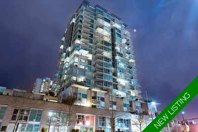 Lower Lonsdale Condo for sale: The Esplanade at the Pier 2 bedroom 910 sq.ft. (Listed 2017-07-10)